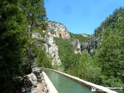 Hoz de Tragavivos; turismo naturaleza españa; viajes con amigos;tienda montana madrid